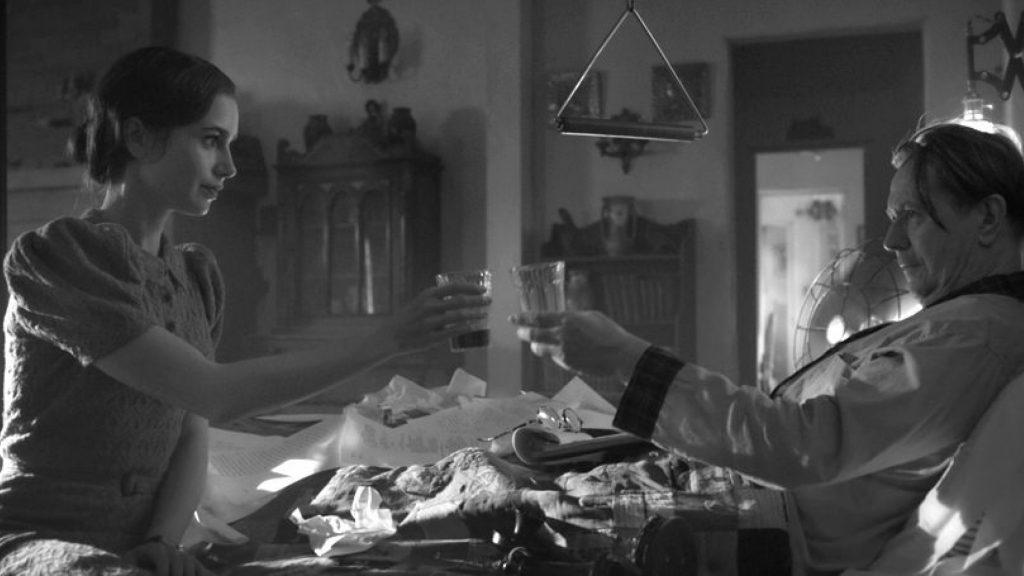 Netflix Mank Gary Oldman Lily Collins