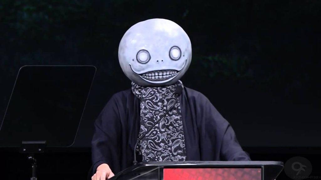 Chi è Yoko Taro, oltre la maschera: il successo di Automata e la nascita della figura pubblica 3
